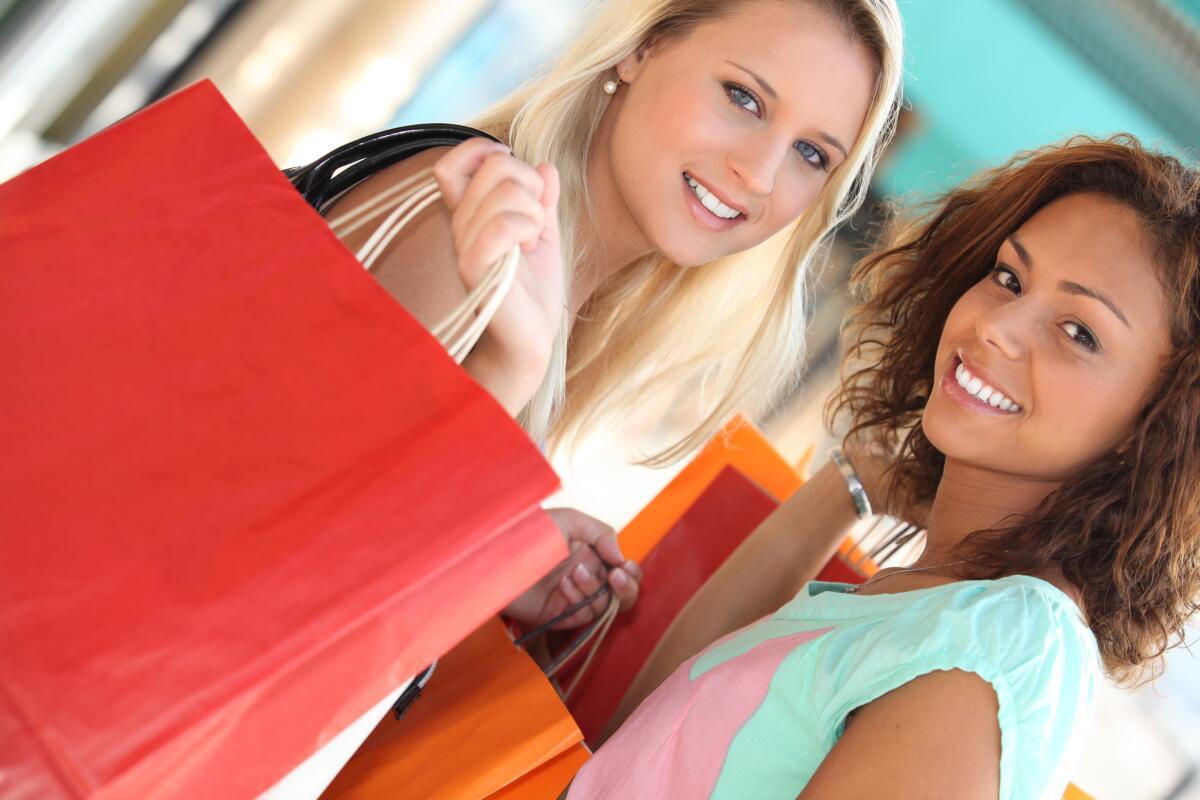 Избегайте импульсивных покупок, максимально уменьшите свои траты