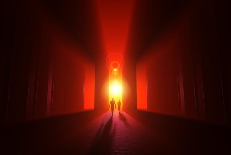 Человек видит души умерших родственников и друзей, которые приходят, чтобы помочь
