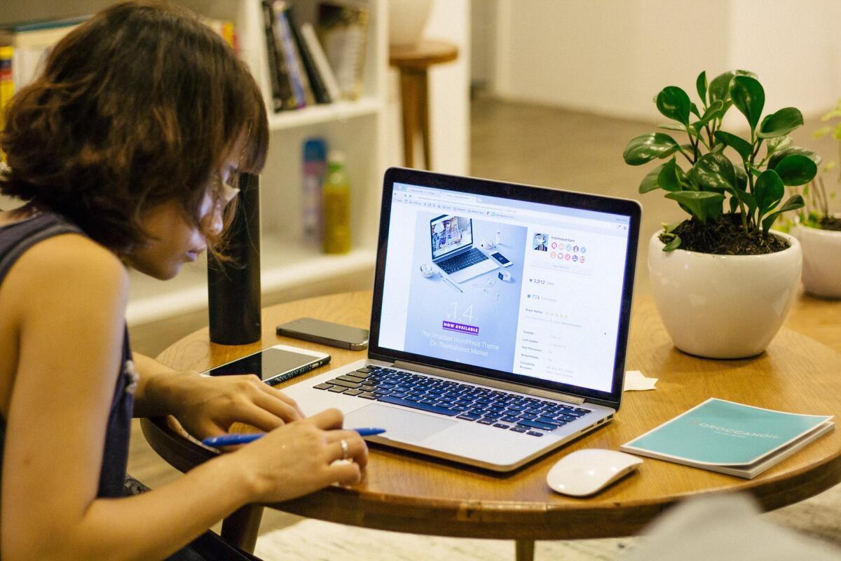 Цифровые лингвисты, дизайнеры виртуальных миров и IT-проповедники - вот список востребованных в будущем профессий