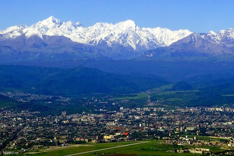 Вид на город Нальчик - столицу Кабардино-Балкарии