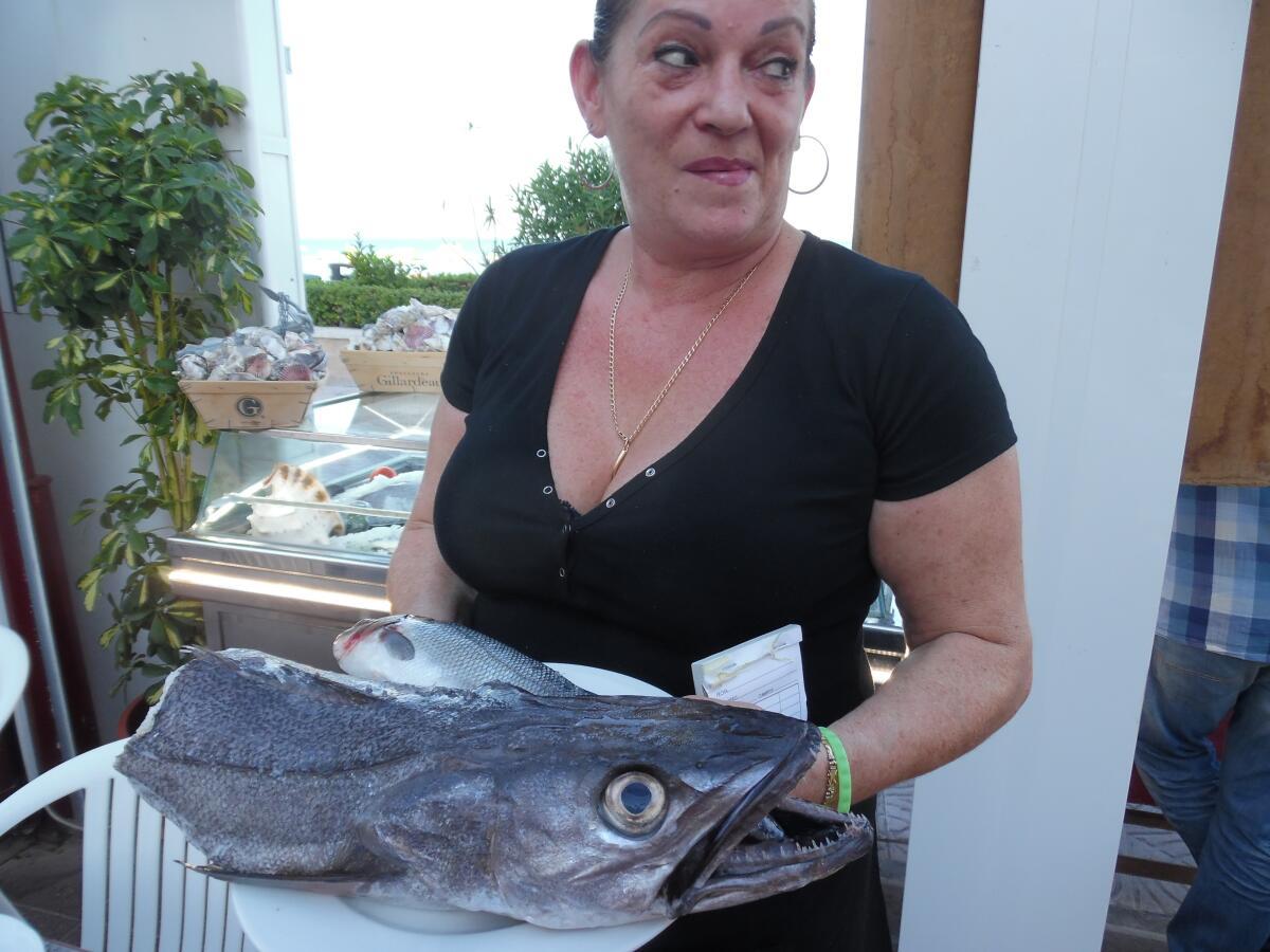 Вся рыба еще несколько часов назад плавала в море