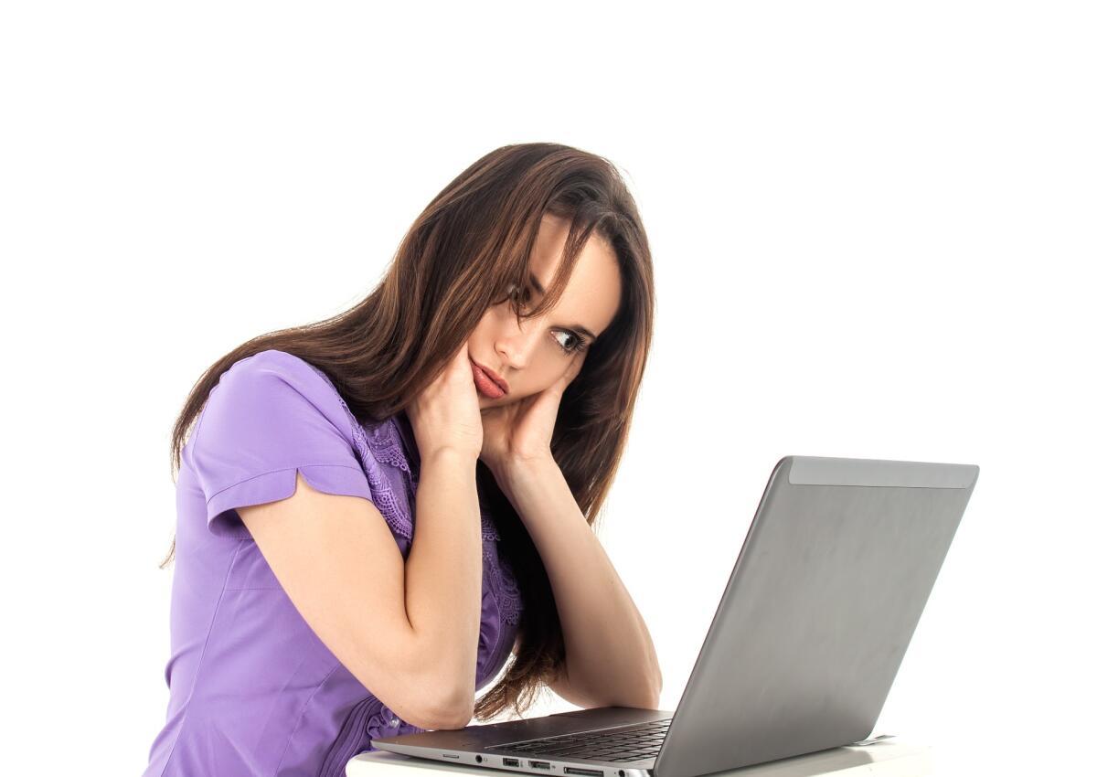 Некоторый трудолюбивые пользователи сети зарабатывают на кликах и просмотрах до 100р. в день