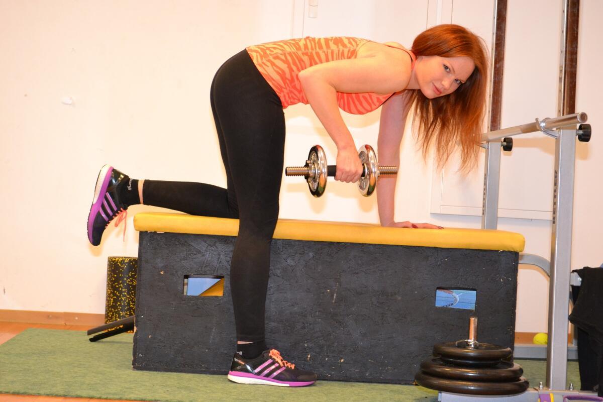 Физическая активность повышает концентрацию и внимательность— даже небольшая домашняя тренировка подарит 2−3 часа повышенной концентрации