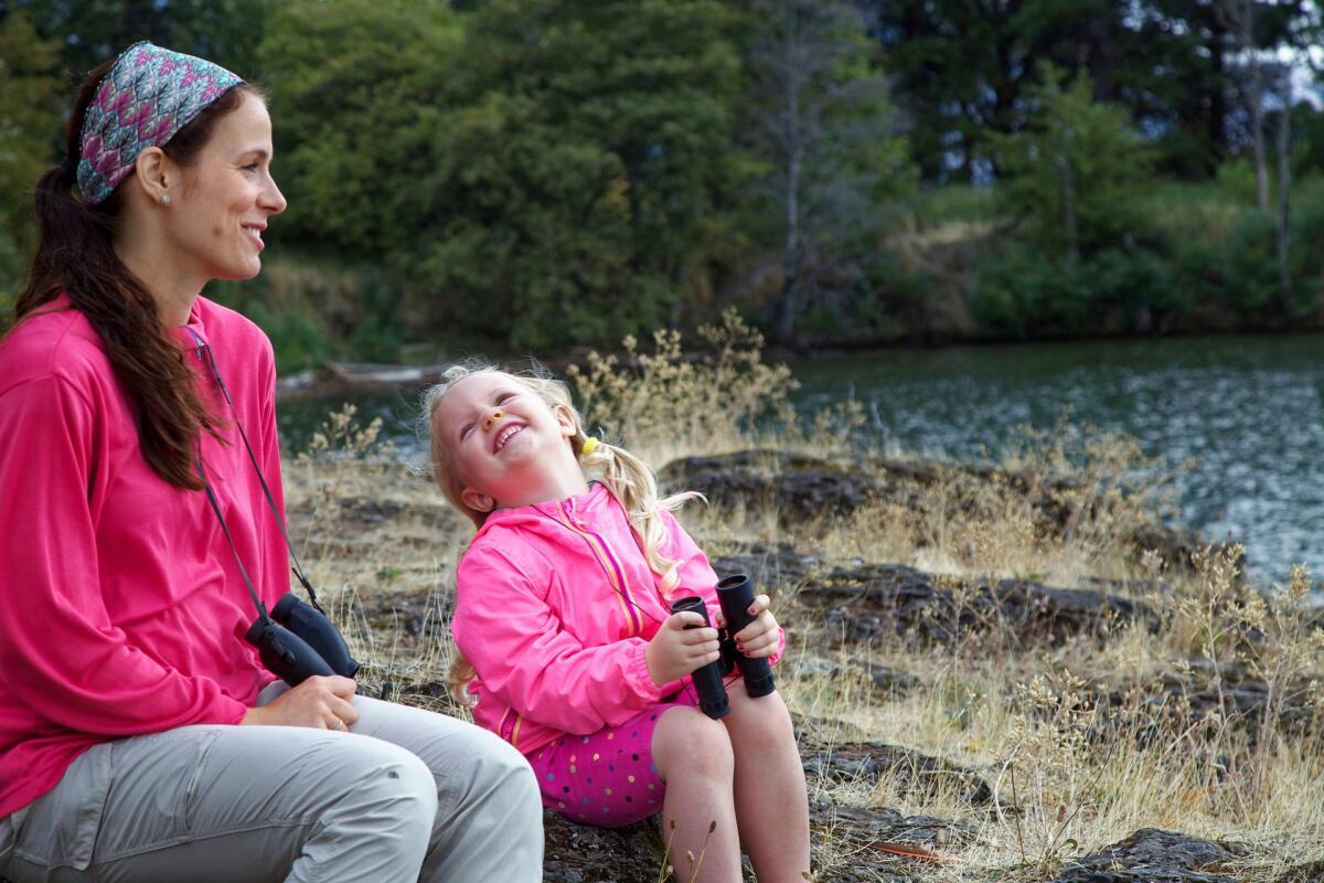 Ребенок быстро учится сопоставлять действие и похвалу. Через какое-то время похвала становится основным побудительным мотивом для совершения поступков