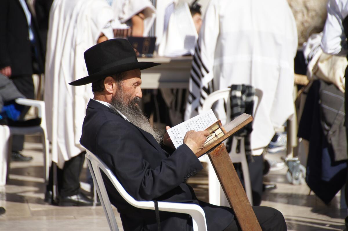 Словарь офенского языка Даля содержал 5000 слов, столько же слов насчитывает древнееврейский язык, на котором написан Ветхий завет