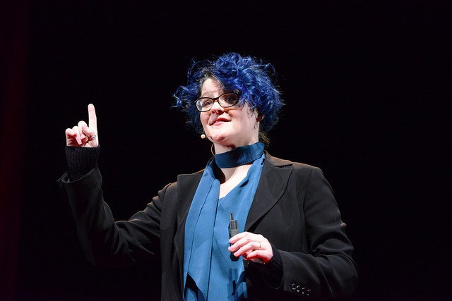 Эмили Нагоски, автор книги
