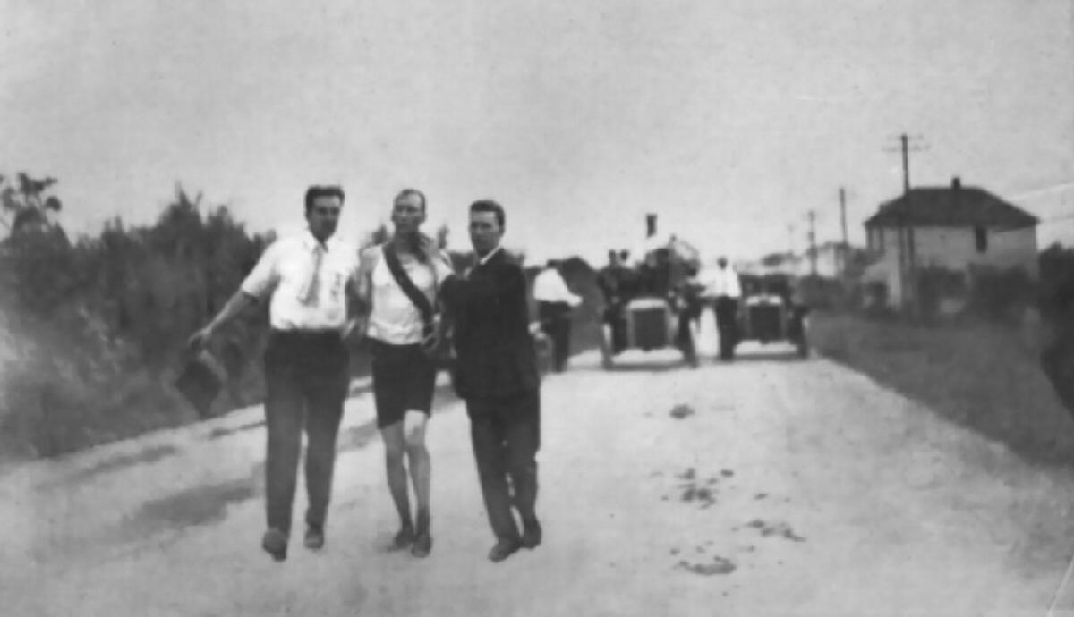 Последние мили марафона - Том Хикс