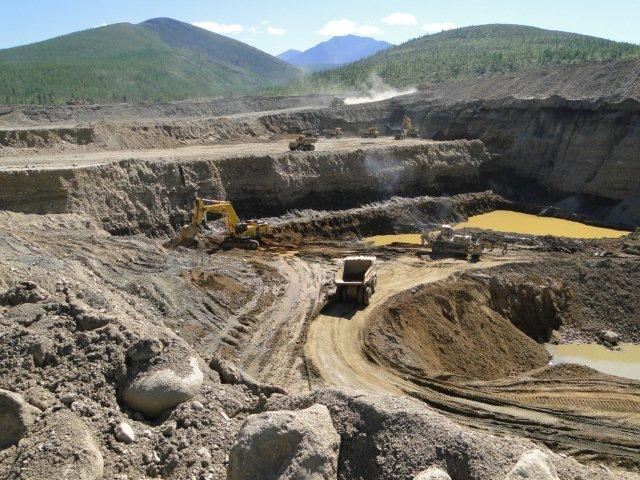 Магаданская область, карьер золотодобычи
