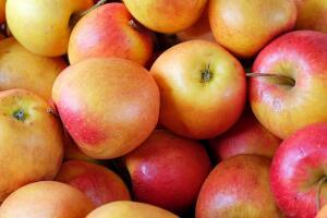 Как приготовить варенье из яблок по-новому? Яблочное варенье дольками