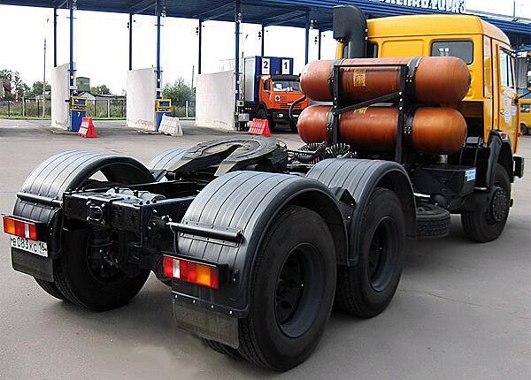 Газомоторный автомобиль КАМАЗ