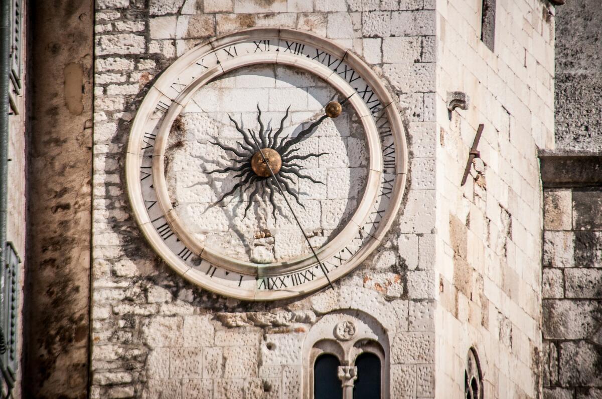 Башенные часы известны с XIII века