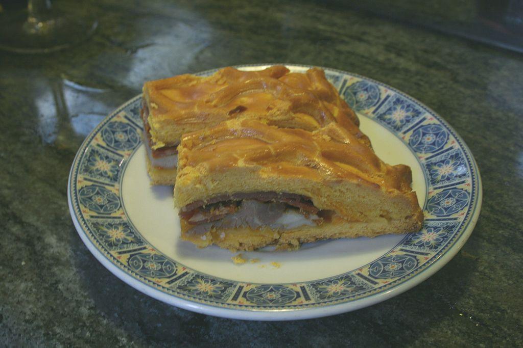 В местных тавернах можно попробовать пирог орнасо