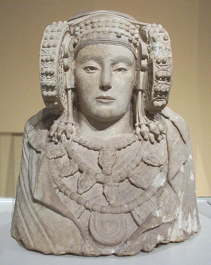 Дама из Эльче. IV век до н. э. Национальный археологический музей, Мадрид