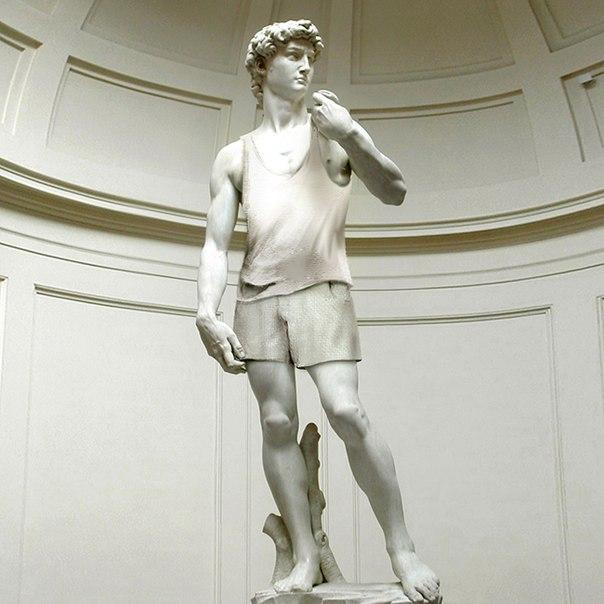 Приз за второе место — пригласительные билеты на шесть персон на выставку, стали наградой автору идеи «Давид в майке»
