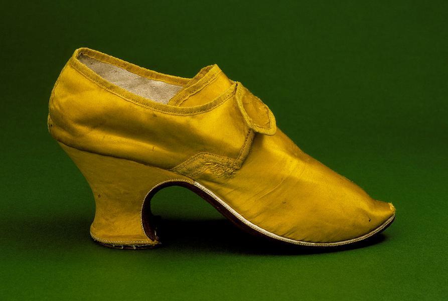 Женская туфля 1760-х годов