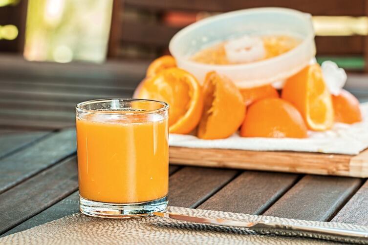 Опаснее всего фруктовые напитки
