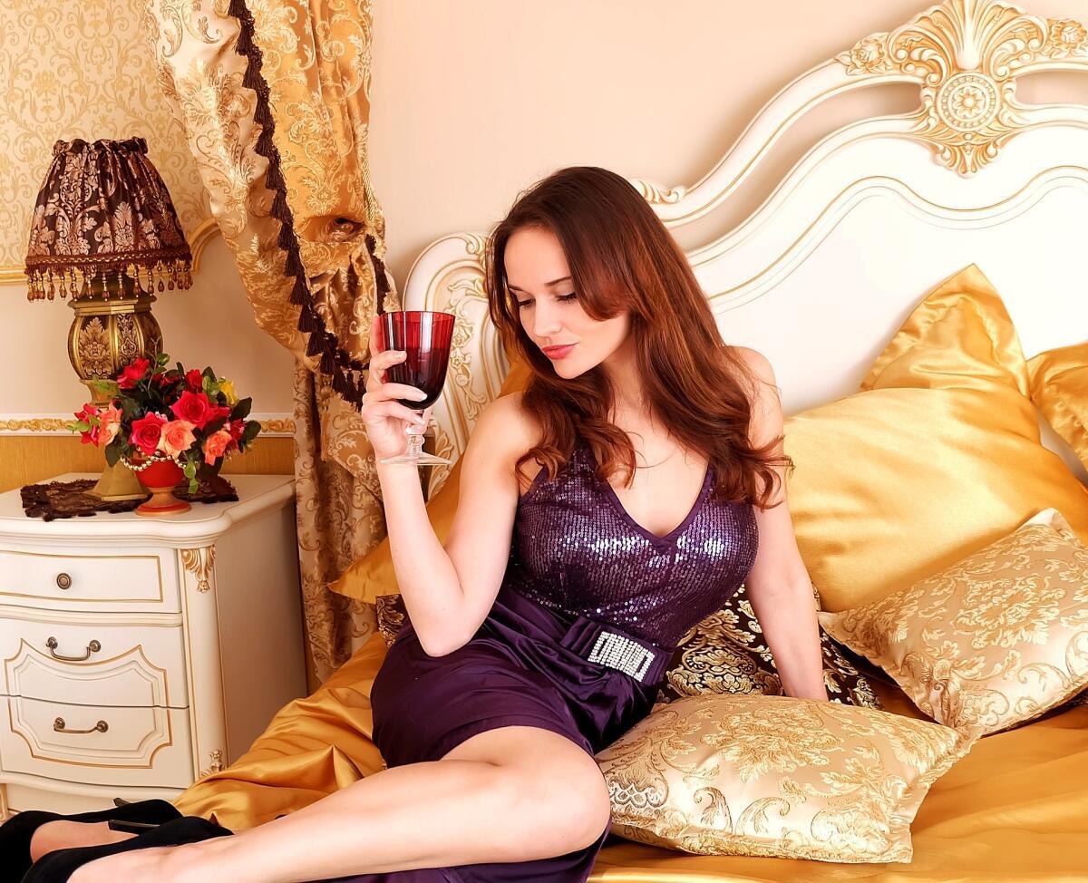 Русская девушка изменяет парню у него на глазах смотреть онлайн