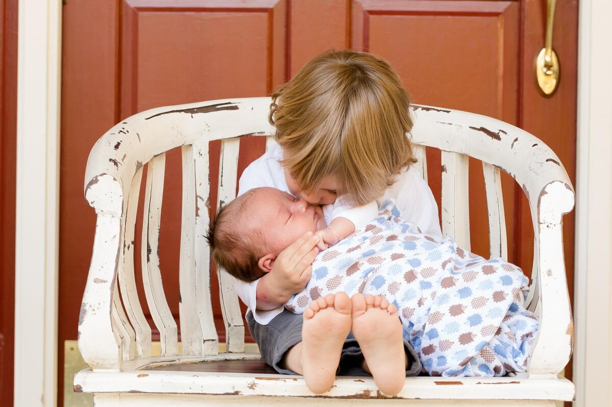 Ребенок не понимает, что такое чувство долга, зато хорошо понимает, что такое любовь