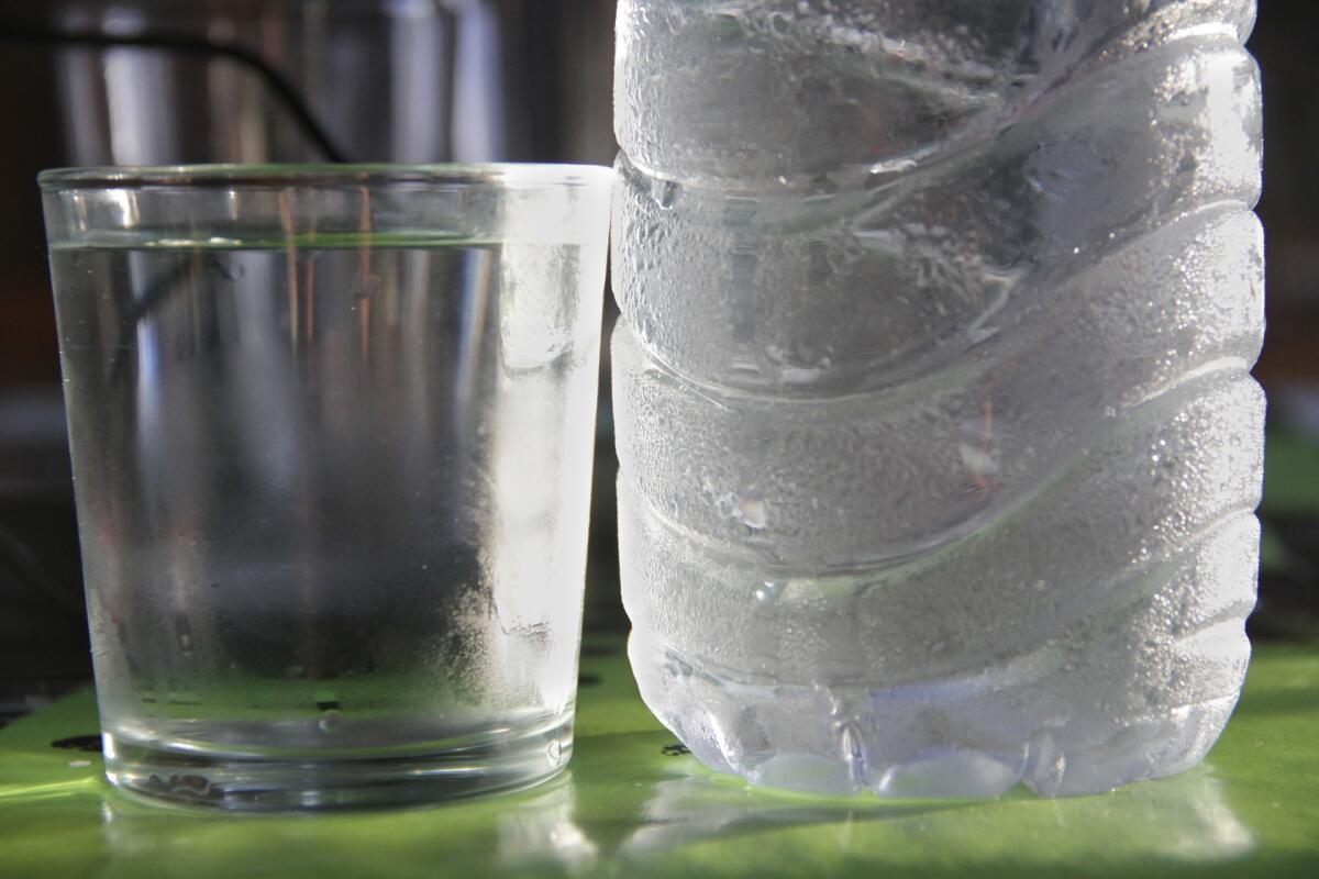 Установите фильтры на кран, не увлекайтесь бутылированной водой