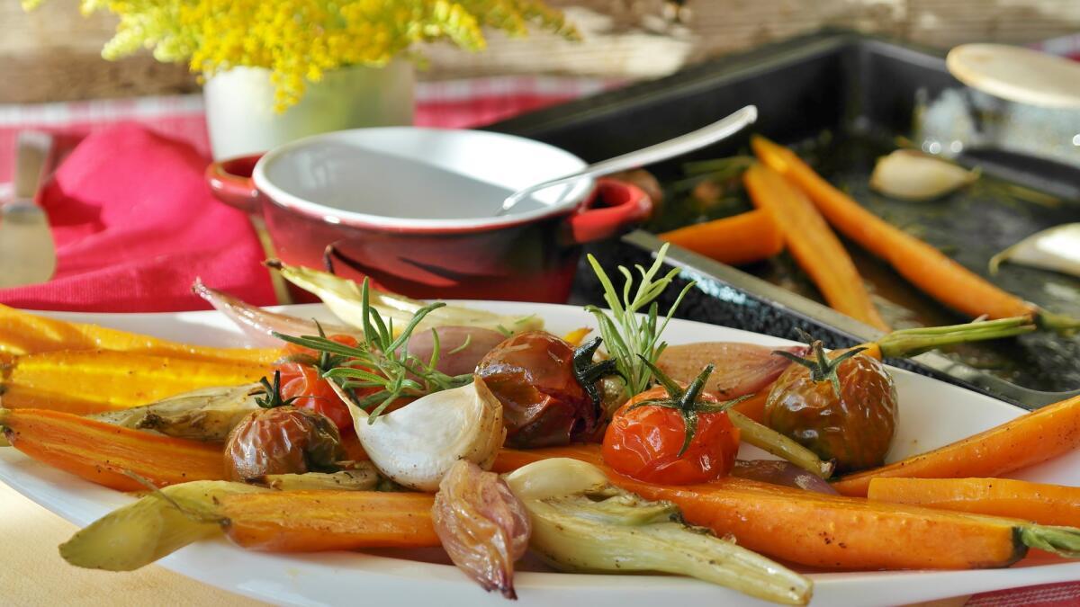 Соль, перец и прочие добавки заставляют человека есть больше, чем требуется