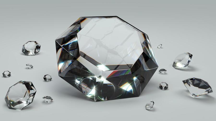 Любовь людей к бриллиантам очень сильна
