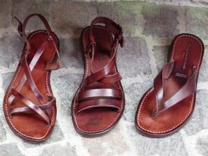 Эволюция обуви - 1. Какова история сандалий, лаптей и мокасинов?