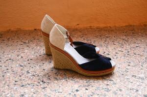 Эволюция обуви - 5. Когда появились первые каблуки и платформы?