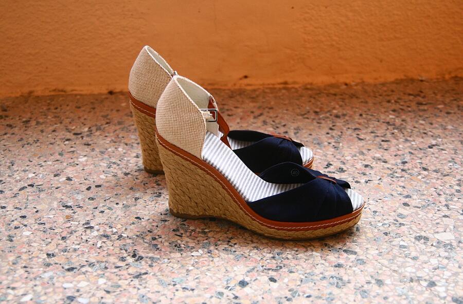 Первые туфли на каблуках выглядели не так, как привычные нам модели