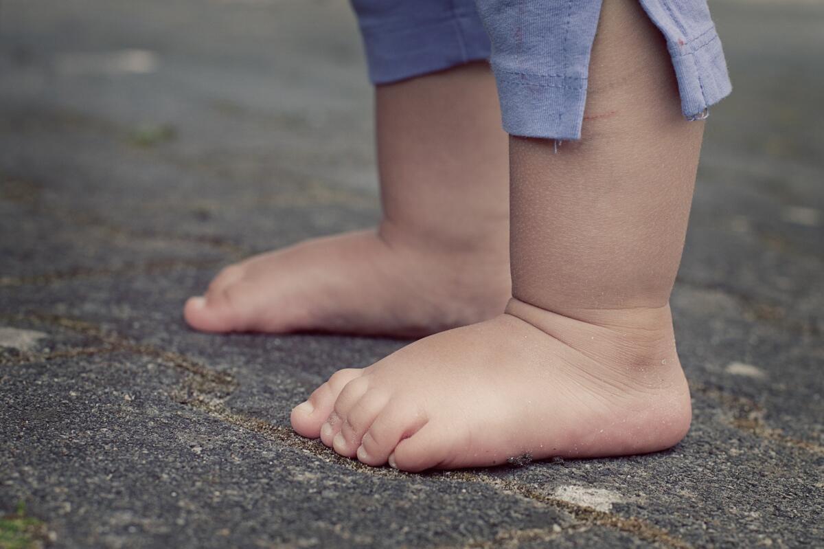 Ребенок должен бегать босиком