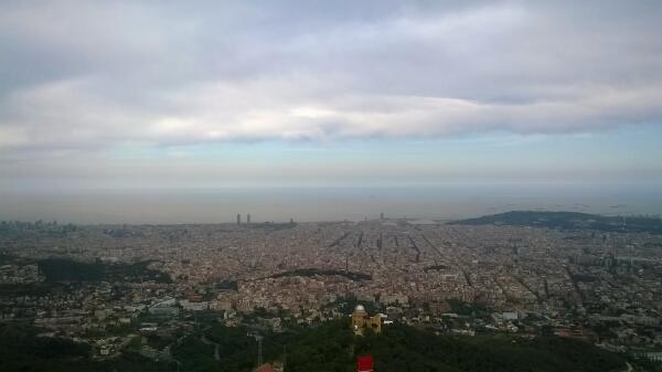 Вид на город с горы Тибидабо