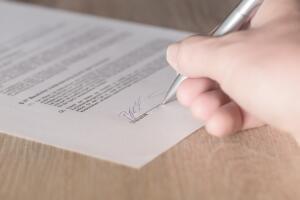 Заплатить по счетам, или Как избежать встречи с судебным приставами?