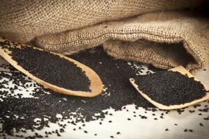 Чем полезен черный тмин?