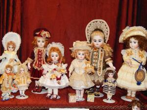 Старинные куклы - 2. Королева с конвейера, или Как немцы побили французов?