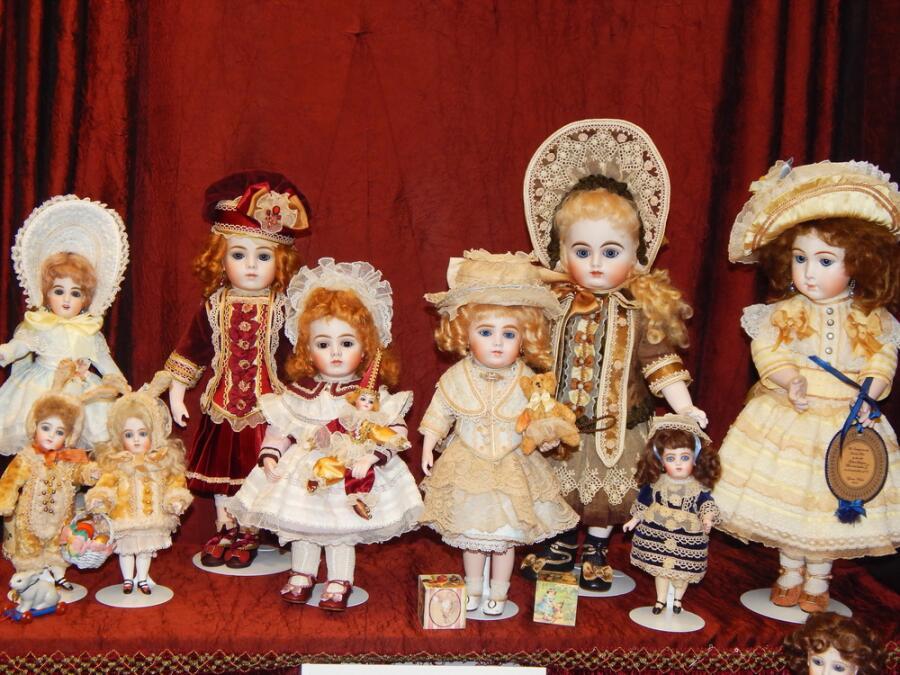 Коллекционные куклы на выставке