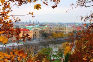 Кому и чем интересна Прага осенью?