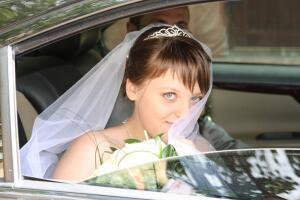 Воспользоваться услугами свадебного распорядителя или организовать торжество своими силами?