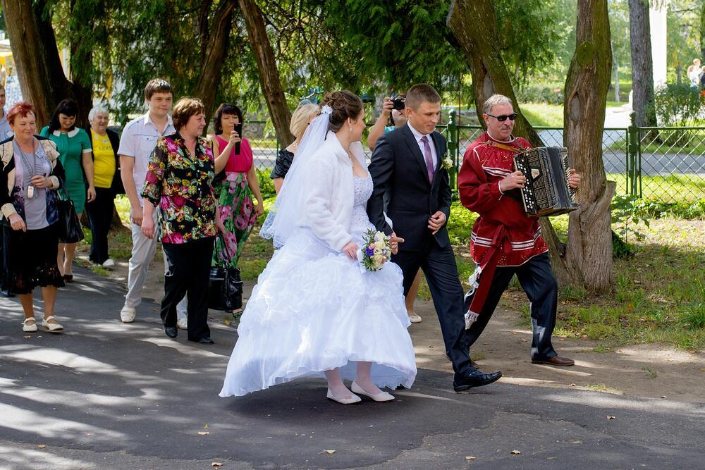 Чем удивить жениха и невесту на свадьбе