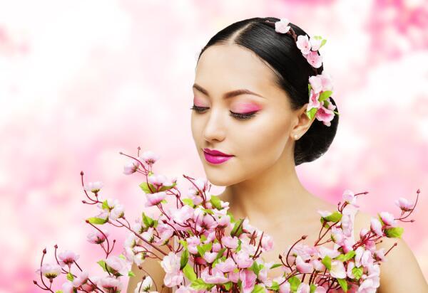 Как не испортить себя макияжем?