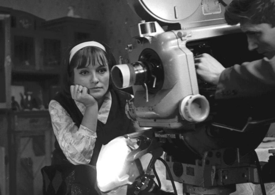 Лариса Шепитько на съемках фильма «Крылья»