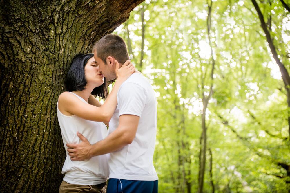 Чем полезны поцелуи? С точки зрения современной науки...