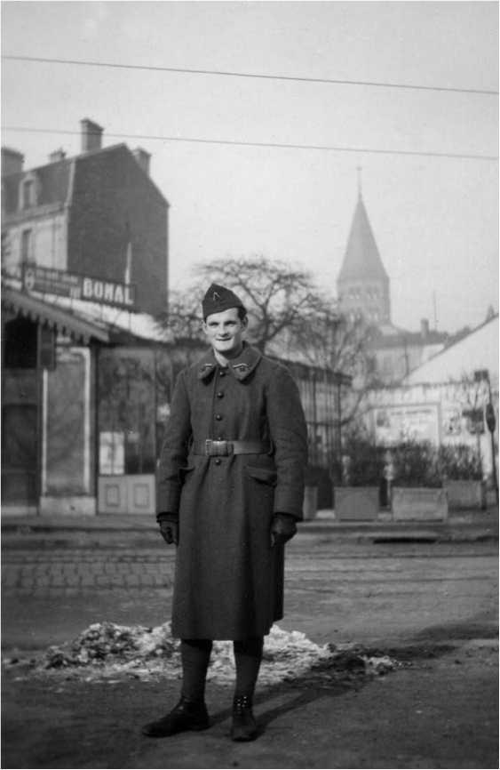 На военном обучении в Клермон-Ферране, Рождество 1939г.