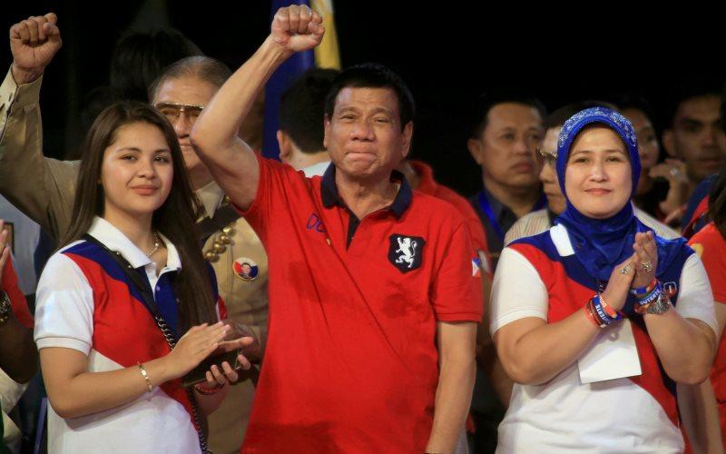 В ценере Родриго Роа Дутерте - президент Филиппин