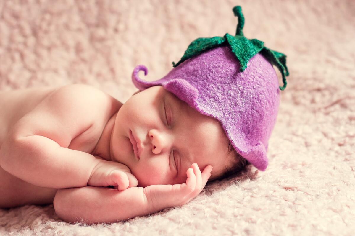 Как понять, что ребенку не хватает грудного молока?