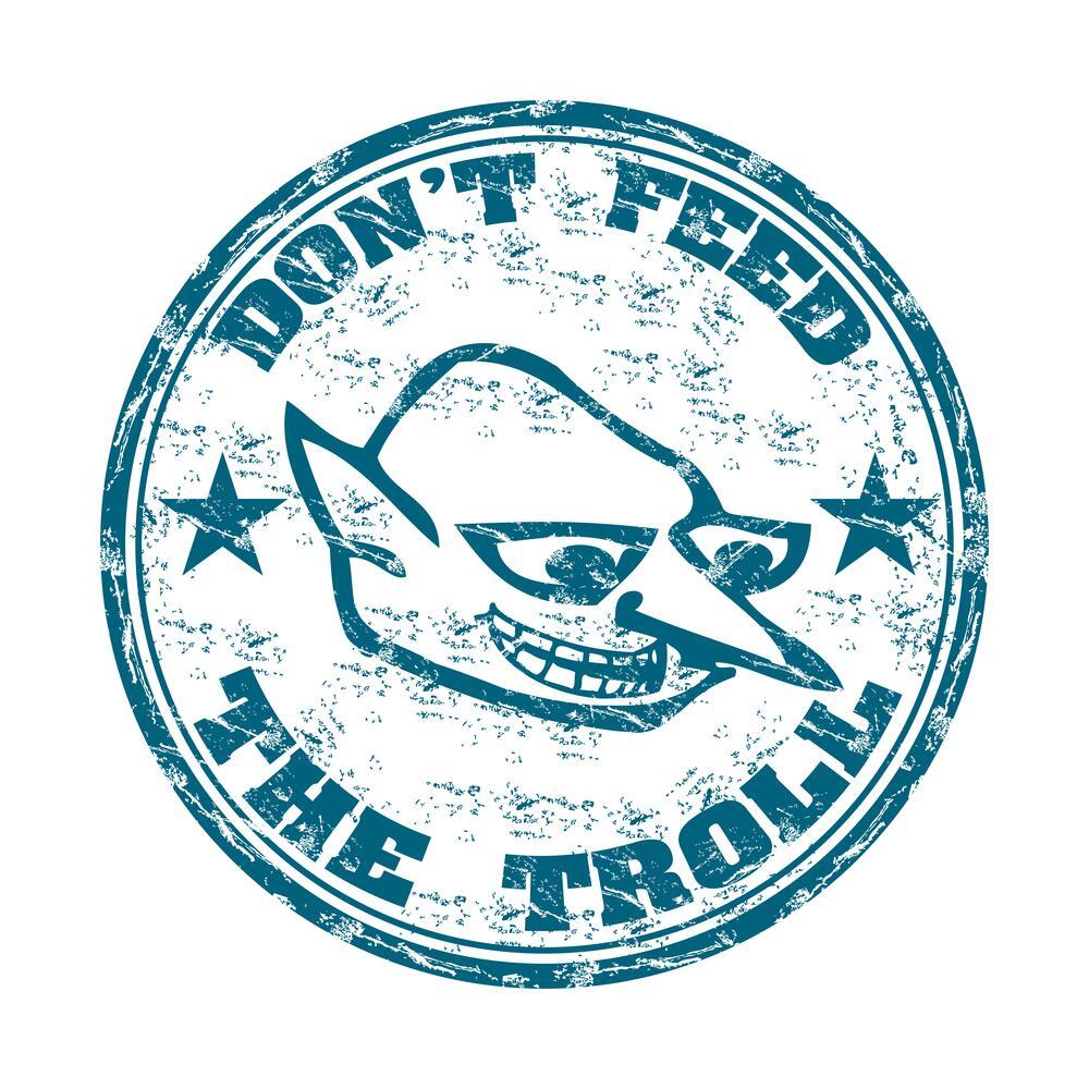 Не кормите троллей!