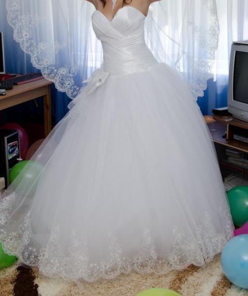Фото свадебных платьев в доме 2