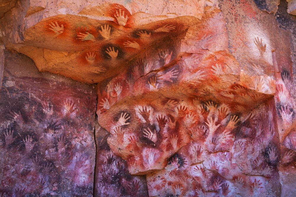 Картины пещеры в Куэва-де-Лас-Манос, Патагония, Аргентина