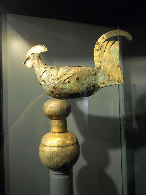 Самый старый флюгер в форме петуха