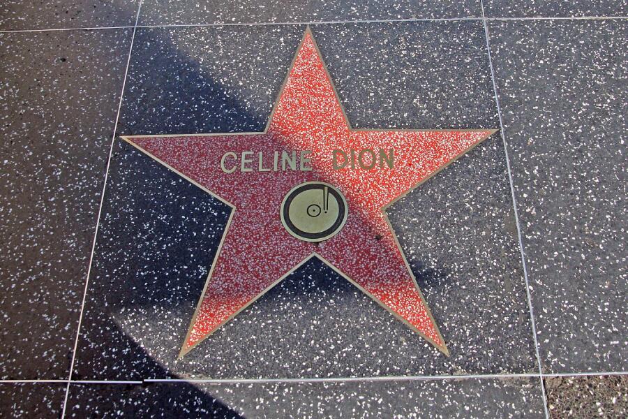 Звезда Селин Дион на Голливудской «Аллее славы»