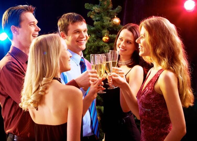 Как появился обычай отмечать Новый год? Новогодняя история