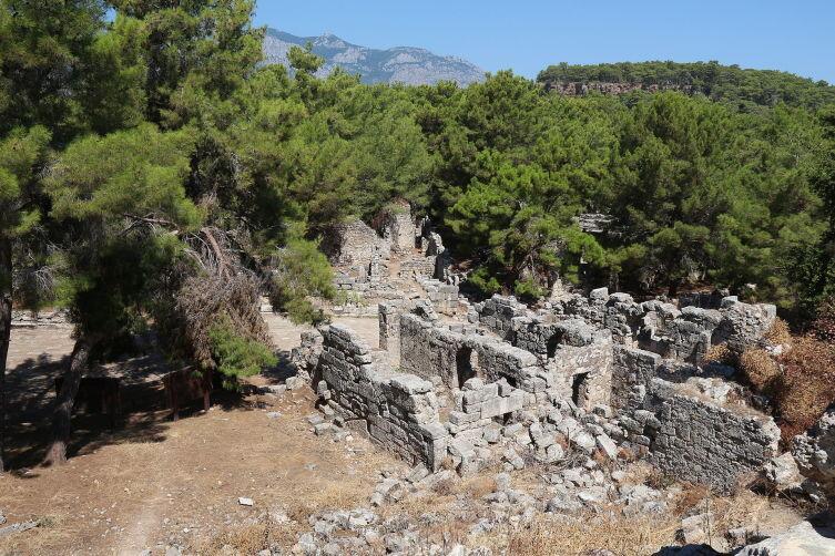 Руины античного города Фазелис